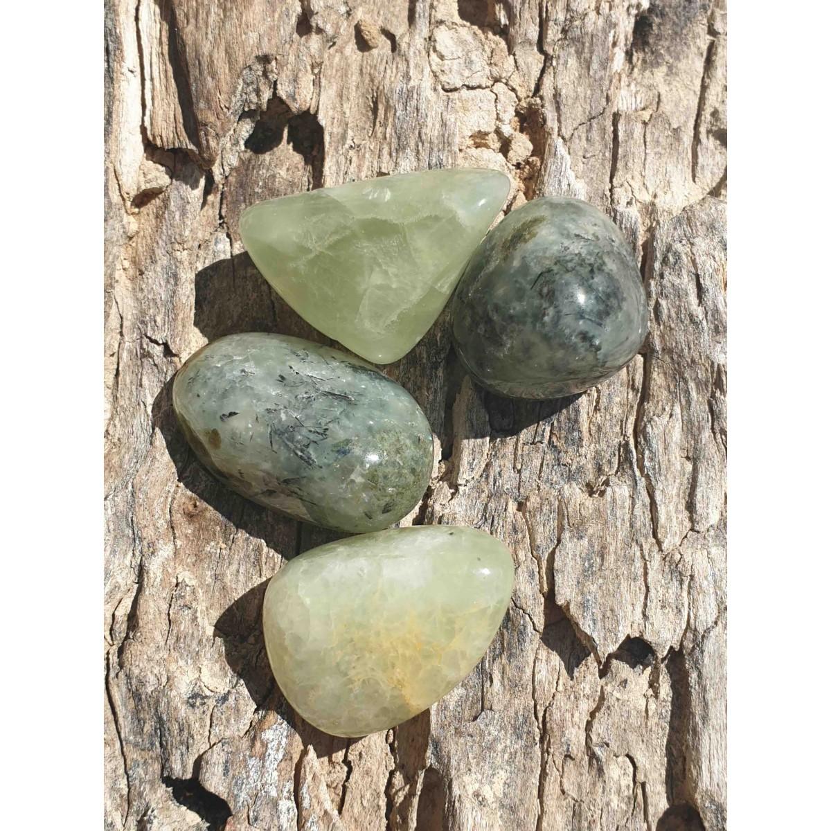 Prehnite (pierre roulée)