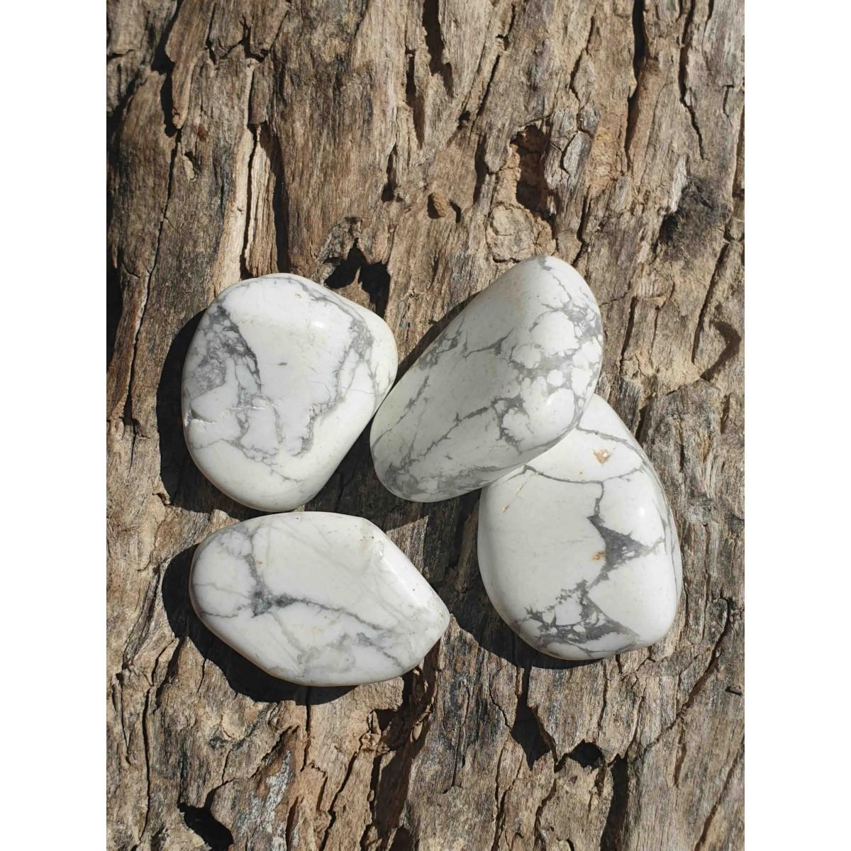 Howlite blanche (pierre roulée)